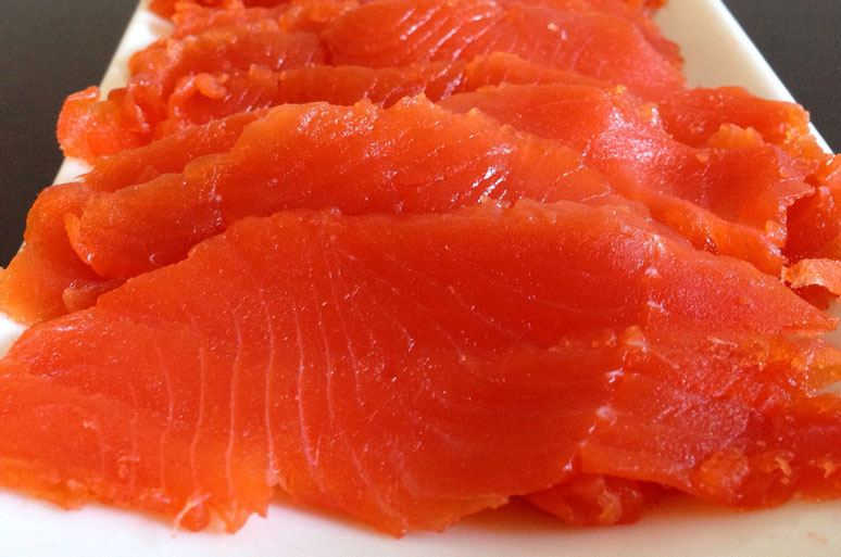 cured salmon slices
