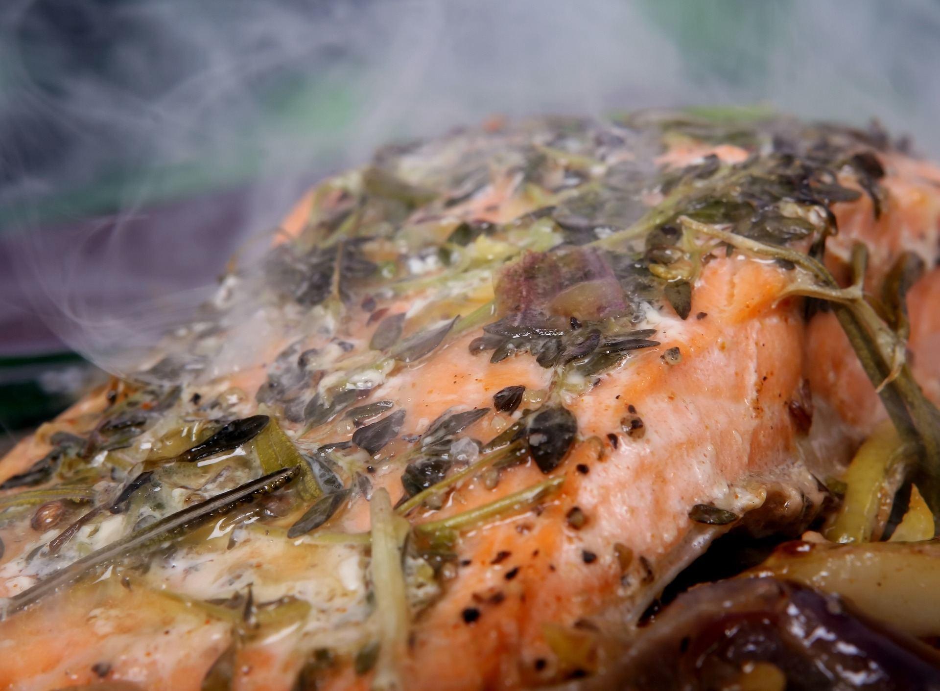 smoke fish at home